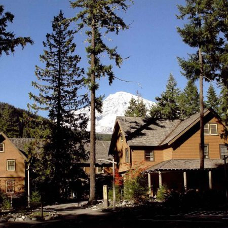 Book now mt rainier national park lodging for Mount rainier lodging cabins